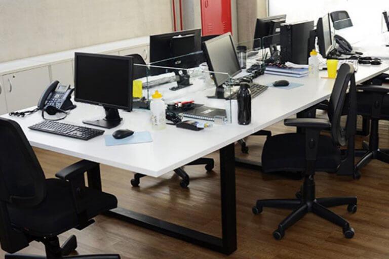 Mesa Tipo Ilha de Trabalho